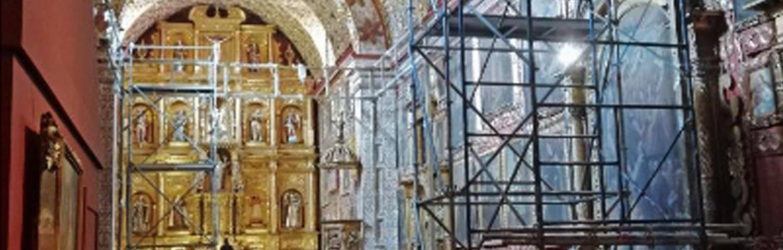 Cierre parcial Museo Santa Clara por montaje Premio Luis Caballero